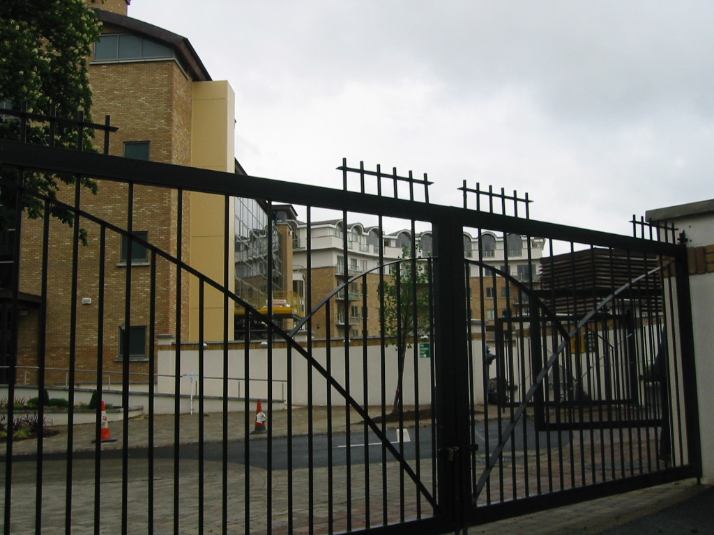 Railings Gate for Apartments